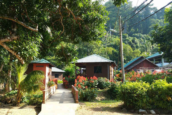 ABC Chalet N Restaurant At Air Batang Tioman