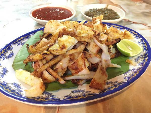 BBQ Squid Delima Tomyam & Seafood Restaurant
