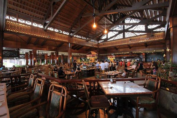 Sri Nelayan Coffee House at Berjaya Tioman Resort