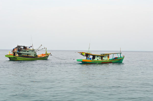 Fishing Boats Heading Out From Mukut Tioman