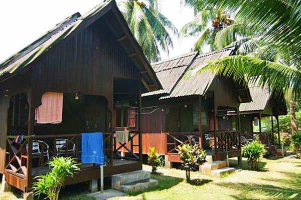 Pak Long Chalet at Salang Village