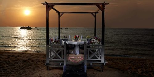 Candlelight Beach Dinner - Paya Beach Resort Romantic Getaway Package