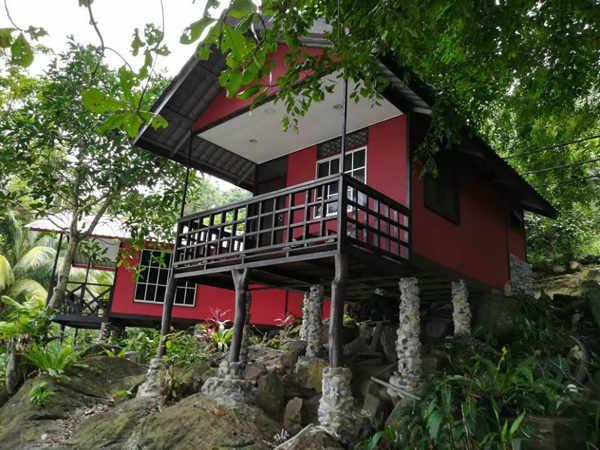 Simukut Place At Mukut Tioman Island