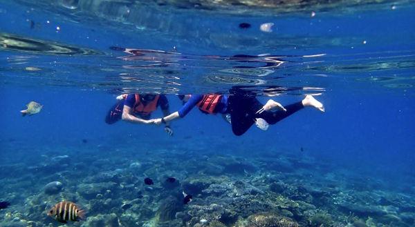 Snorkeling At Sibu Island
