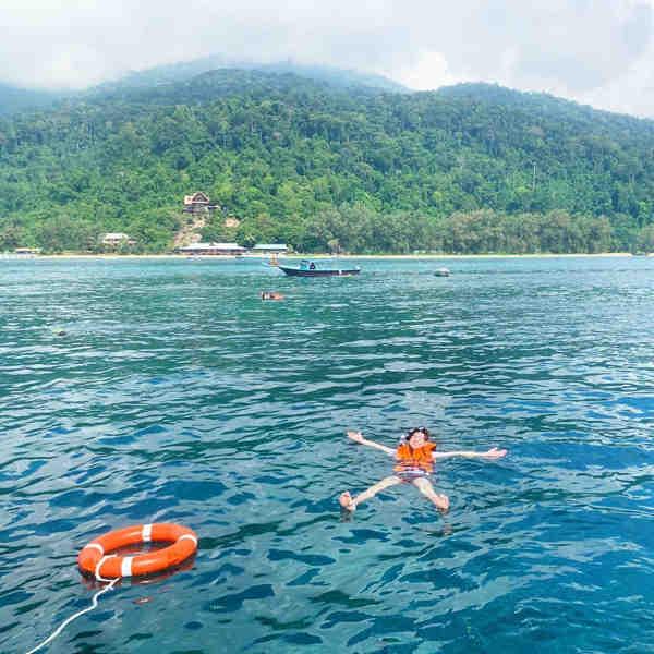 Snorkeling trip by Berjaya Tioman Resort