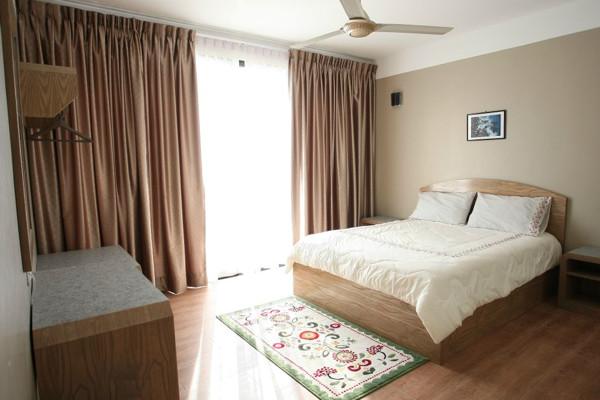 Blue Ocean Suite Bedroom with Queensize Bed at Sun Beach Resort