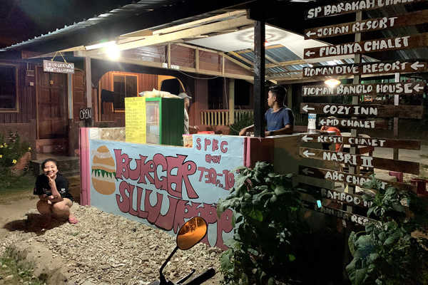 Tioman Burger Slluurrp At ABC Village Tioman
